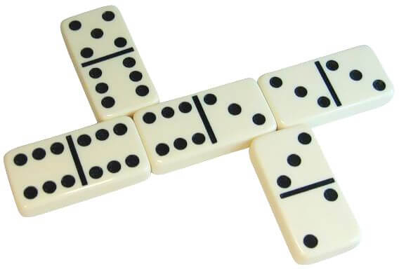 Dominoes In Box Toy